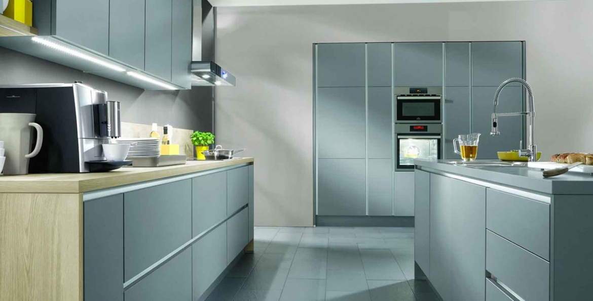 nobilia-kitchen-chrome.jpg